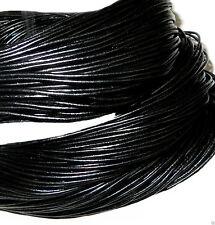 Ketten für Herren im Schnur-Stil aus Leder