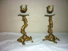 PAIRE DE BOUGEOIRS LOUIS XV en bronze doré et porcelaine chandeliers XIX 19ème