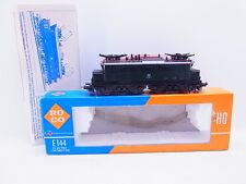 LOT 42926 | Schöne Roco H0 4131 E-Lok BR E144 grün der DB in OVP