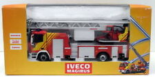 Camions miniatures rouge Eligor