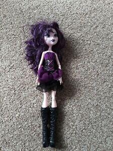 Monster High Frights Camera Action Elissabat Vampire Doll