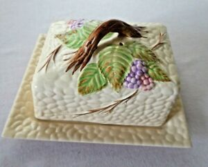 Vintage Cheese Dish by Wade, Bramble design