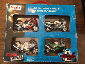 Maisto Die Cast 2 Wheelers 4 Pack Motorcycle CBR GSXR DAYTONA 955i Benelli 1:18