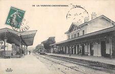 CPA 94 LA VARENNE CHENNEVIERES LA GARE (TRAIN
