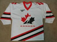 Reebok Team Canada Vintage World Juniors Hockey Jersey Medium Tackla Mesh White
