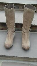 clarks tan boots size 9