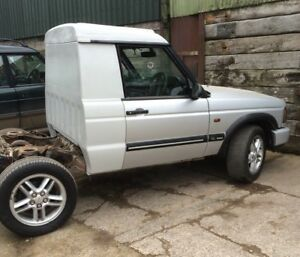 D2 DISCOVERY TD5 OR V8 TRAY BACK KIT FIBREGLASS WITHOUT WINDOW