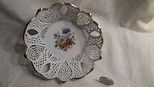 Schale Anbietschale Durchbruchschale Blumen Blumendekor Rosen Iris Porzellan