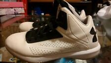 Under Armour Heat Gear Youth's shoe size 6 Y