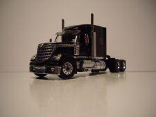 International Lonestar Sleeper Tractor Black 1/50 Diecast Masters 71023