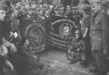 WWII photo German soldiers with captured Soviet regimental banners 28c