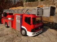 """RC Modell FEUERWEHR LKW mit BLAU-LICHT Länge 45cm """"Ferngesteuert 27MHz""""   87943A"""