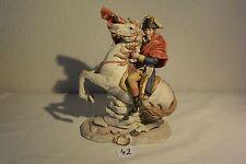 C42 Authentique statue de Napoleon en biscuit signé Pucci