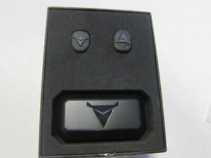 DECUBULLZ DB-TW-01 Custom Molded True Wireless Earphones-NEW in Box