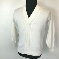 Vintage Izod Club Sweater Men size M Off White V-Neck Pullover Cable Knit SV2