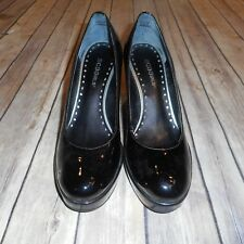 BCBG GIRLS Size 8B Solid Black Leather Closed Round Toe Wedge Heel Shoes
