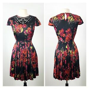 JAYSON BRUNSDON Black Label Floral Pleat Dress. Size 12