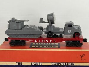 LIONEL O GAUGE 6808 RED FLAT Car PYRO USMC Tank & SEARHLIGHT TRUCK POST WAR RARE