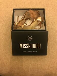 Brand New Missguided Size 4 Rose Gold Feather Heeled Sandals