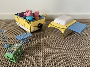 Peppa Pig large family campervan camping vehicle play set with 4 x figures