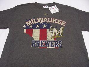 MILWAUKEE BREWERS - MLB - GRAY - MAJESTIC - MEDIUM SIZE T SHIRT!