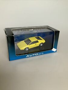 Autoart  Lotus Esprit Type 79 Diecast Model Car  1:43 Scale