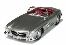 1957 MERCEDES 300 SL ROADSTER SILVER LTD 300PCS 1/12 MODEL CAR GT SPIRIT GT720
