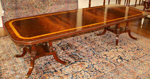 Stunning Flame Mahogany & Satinwood Banded Federal Style Dining Table 2 Leaves