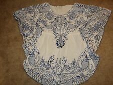 BOSTON PROPER FASHIONABLE PORCELAIN EMBROIDERED PATTERN BATWING TOP COVER XS
