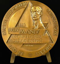Medaille à Iuliu Maniu mort en prison Roumanie Romania aigle roumain 98 mm medal