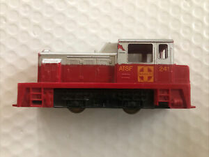 HO Scale Tyco Santa Fe 241 Switch Engine