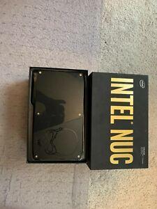 Intel BOXNUC6i7KYK1 i7/32GB RAM/256 GB SSD   NUC Kit- Black