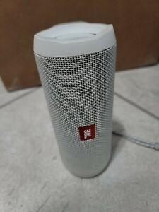 JBL Flip 4 Portable Bluetooth Speaker, White - Used