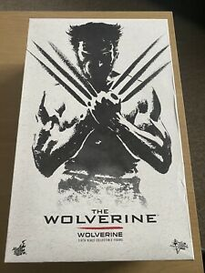 Hot Toys Wolverine X-Men The Wolverine 1:6 Scale Articulated Figure