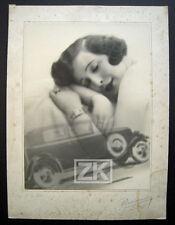 VOITURE Femme AUTOMOBILE Rêve Art Deco Pierre AURADON Photo 1932