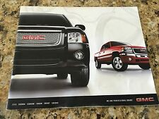2006 GMC SIERRA CANYON YUKON ENVOY SAVANA 28-page Original Dealer Brochure