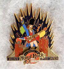 HARD ROCK CAFE LONDON TOWER BRIDGE 30 YEARS SEXY GIRL PLAYING GUITAR PIN # 3640