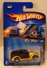 2005 Hot Wheels Pin Hedz '40's Woodie Gold/Black