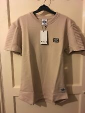 Mens tan coloured Divine core t-shirt with sleeve detail size medium (new + tag)