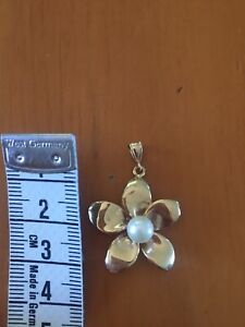 14ct Gold Pendant Flower Pearl 14 Kt Solid Gold