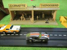 NMINT VINTAGE AURORA MoDEL MoToRING Double Pit Row T Jet Race Track Set Building