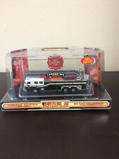 Code 3 Collectibles Chief's Edition #3 Seagrave Rearmount Ladder Truck 1/64Scale