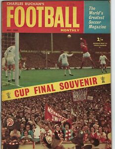 1964 MAY Charles Buchan's Football Monthly soccer magazine Manchester United