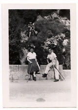Couple randonnée avec canne - photo ancienne + négatif an. 1946