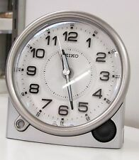 SEIKO NEW WHITE ALARM CLOCK  WITH QUIET SWEEP QHE143ALH W/ CONSTANT LIGHT