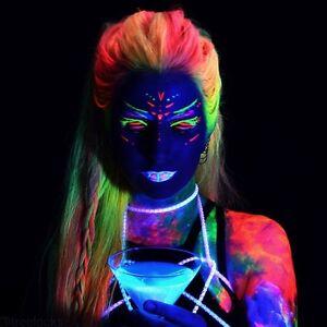 Vernice UV fluorescente per capelli in 7 colori,si illumina e brilla alla luce