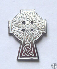 CELTIC CROSS HARD ENAMEL LAPEL PIN BADGE WITH FREE UK POSTAGE