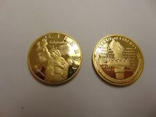 CHALLENGE COIN TOKEN GOLD COLOR STATUE OF LIBERTY INDEPENDENCE LIGHTING THE PATH