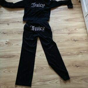 juicy couture tracksuits small Bottoms & Medium Top Velvor