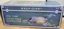 NECA Half-Life 2 Zero Point Energy Field Manipulator Gravity Gun Cosplay (2013)